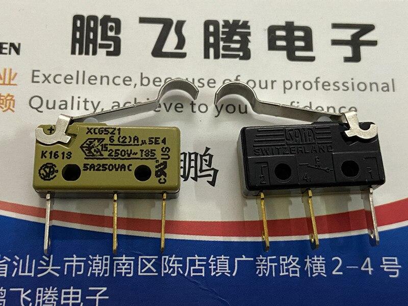 Original nuevo 100% Importación de Alemania XCG5Z1 micro interruptor de pie largo 3pin de reinicio del límite de viaje 5A con mango en R de varilla oscilante