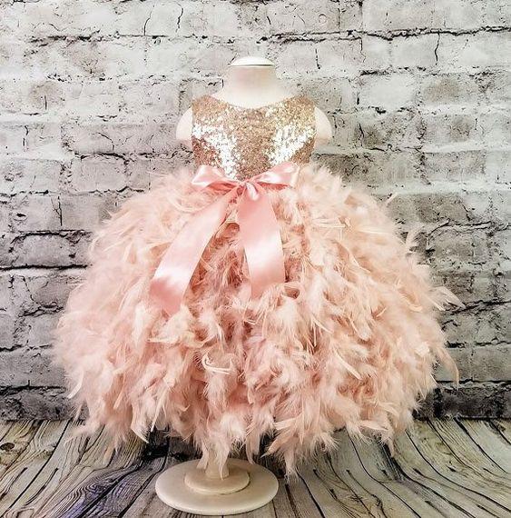 Lovely Pink Feather Girls Dresses Princess Ball Gowns Feather Ruffle Bottom Luxury Feather Girls Photosshot Dress Custom Made