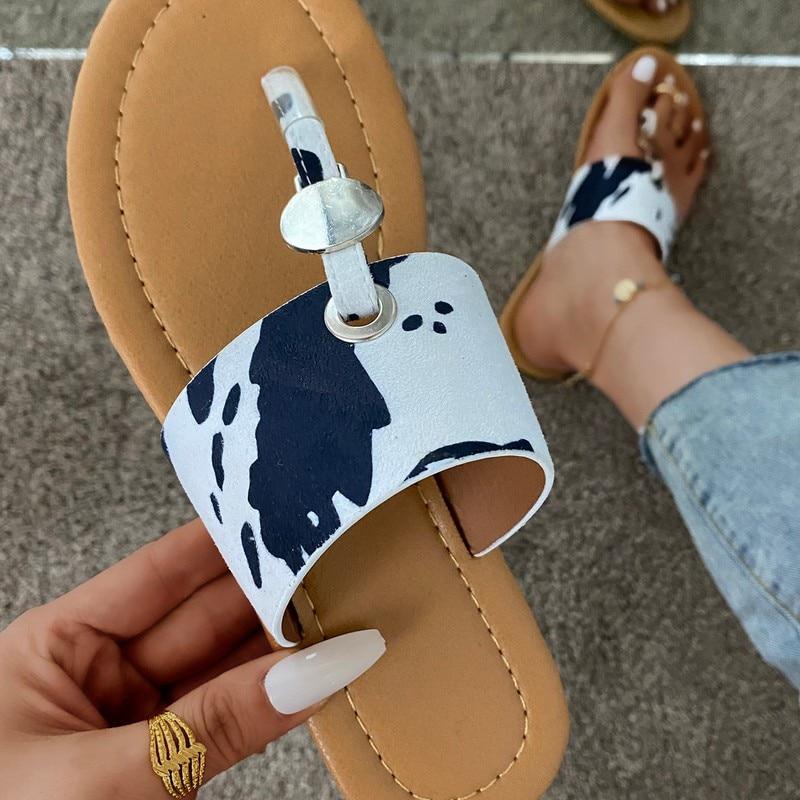 Women Sandals 2021 Female Flats Slippers Flip Flops Girls Summer Shoes Clip Toe Casual Buckle Ladies Slides Fashion Beach Shoes