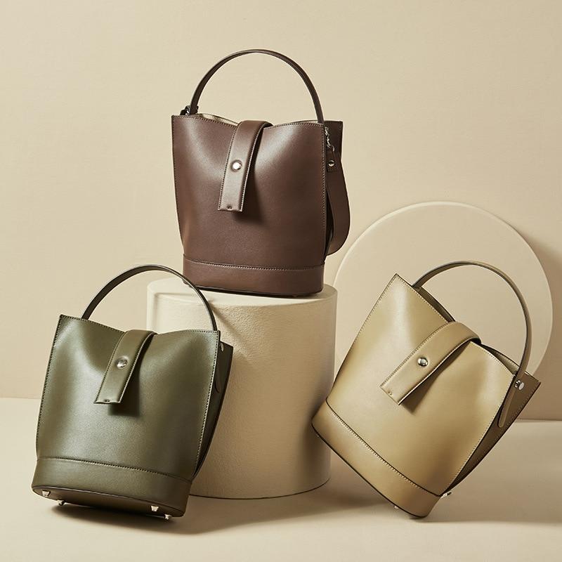 2021 جديد في انقسام جلد المرأة دلو حقيبة حقائب كتف الموضة