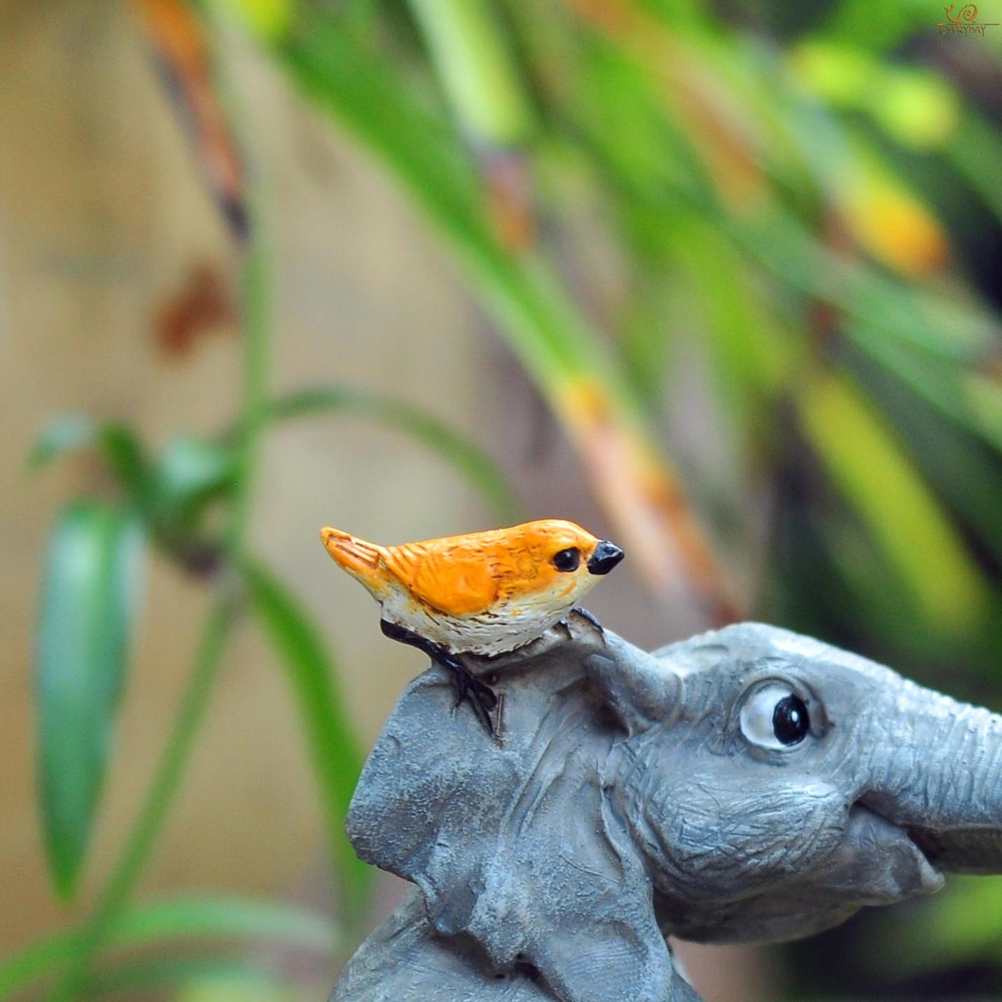 Купить с кэшбэком Everyday collection lucky elephant figurines fairy garden animal ornaments home decor tabletop decoration souvenir crafts