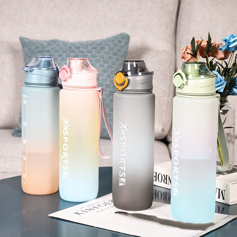 1000ML Large Capacity Water Bottle With Capacity Marker Fitness Jugs Gradient Color Plastic Cups Out