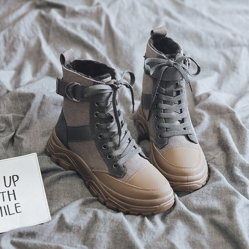 Platform Snow Boots Women Winter Shoes Korea Sneakers Women Wedges Boots Warm Plush Women Boots Leather Botas Mujer Plus Size