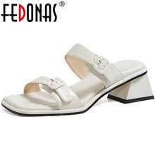 FEDONAS Elegant Metal Decoration Female Slippers Peep Toe High Heels Sandals For Girls 2020 Summer Casual Basic Shoes Woman