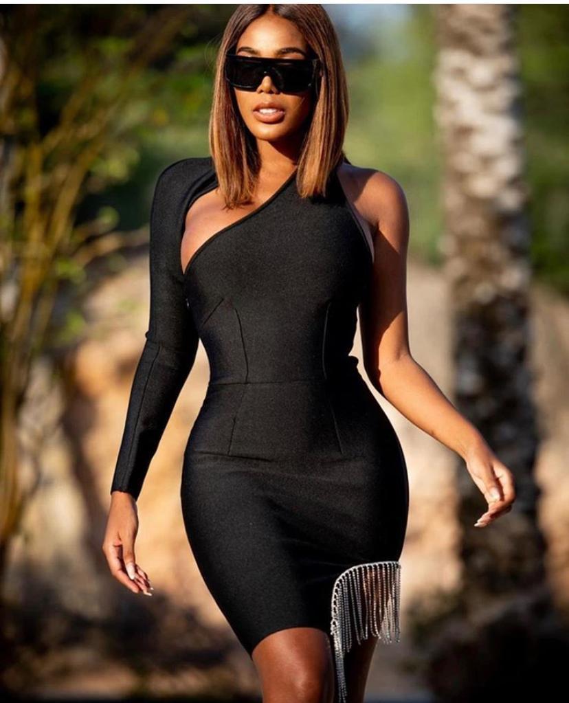 Calidad Superior 2020 negro un hombro Gilter borla vestido Bandage de rayón vestido de fiesta de cóctel