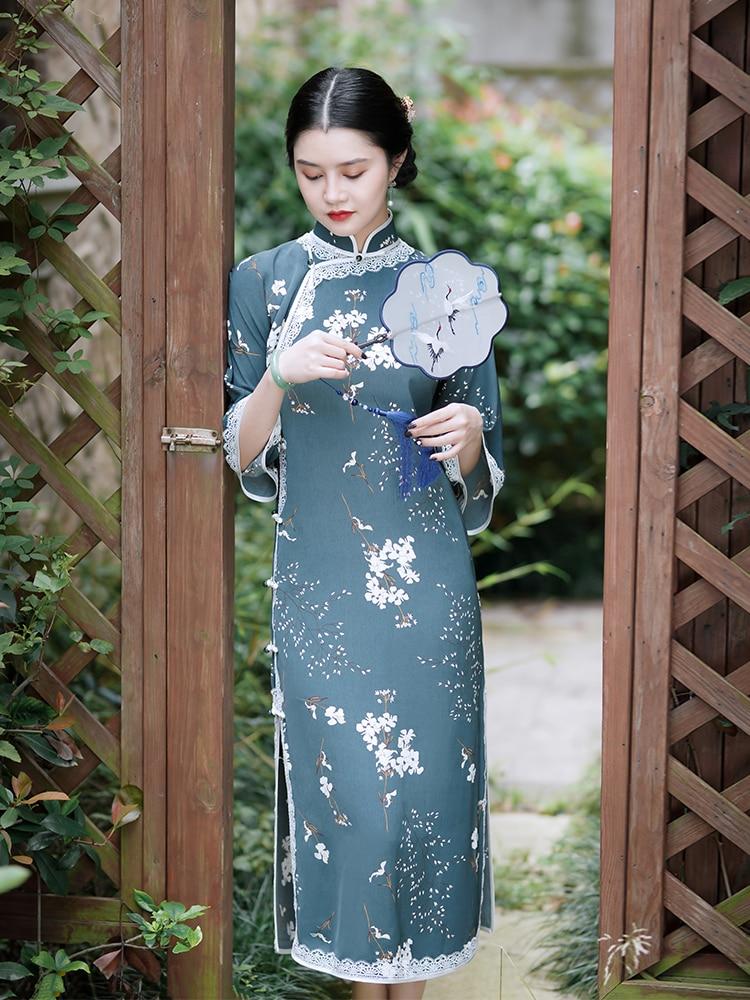 Cheongsam young style 2021 new spring Republic of China old Shanghai flat cut large sleeve retro dress