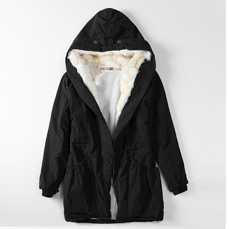 2020 معطف محشو على الموضة سترة الشتاء النسائية الدافئة أسفل سترة قطن سترة ضئيلة سترات السيدات الشتاء سترة ومعاطف 50