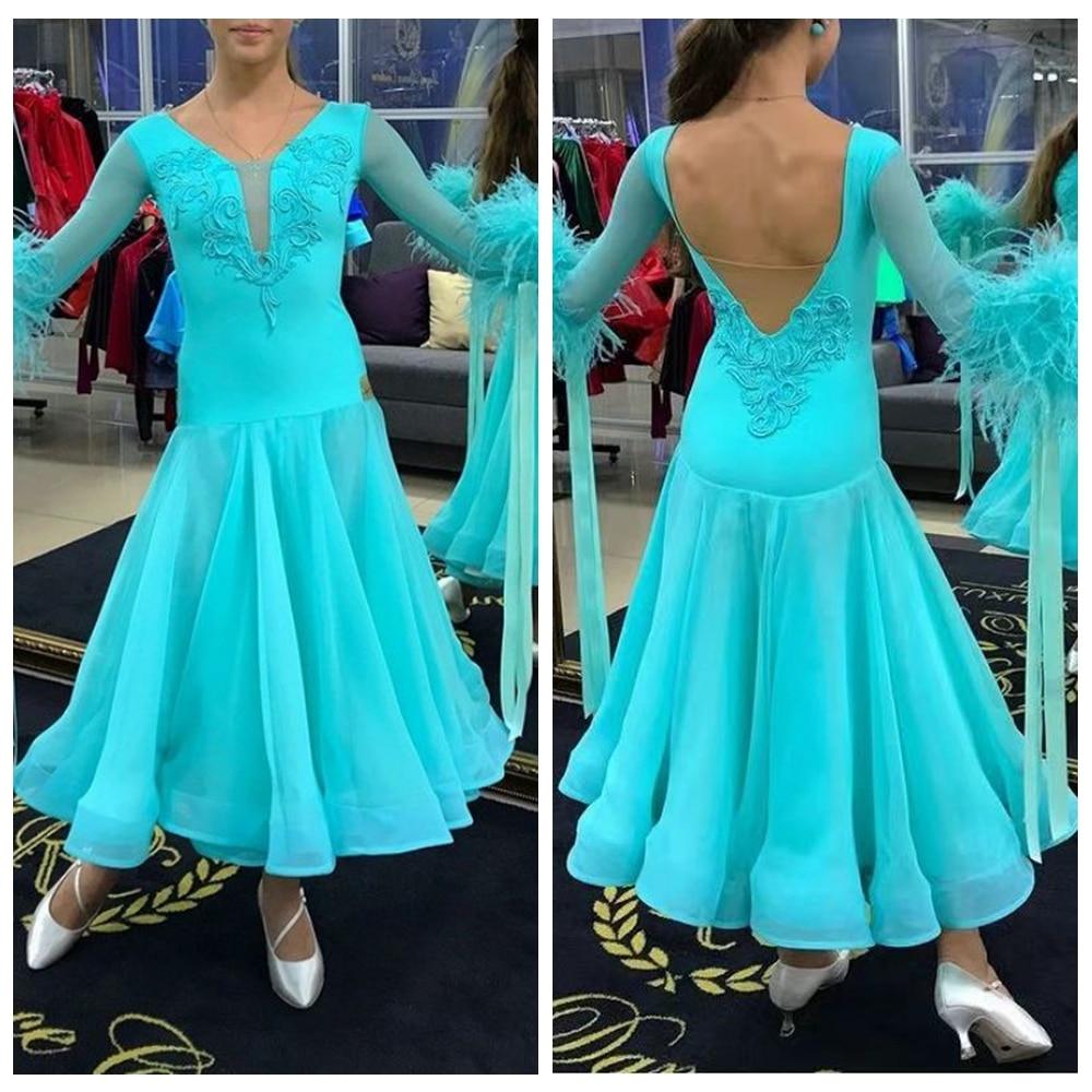 فستان مسابقة رقص قاعة الرقص, ملابس رقص مزينة بالريش لون أخضر