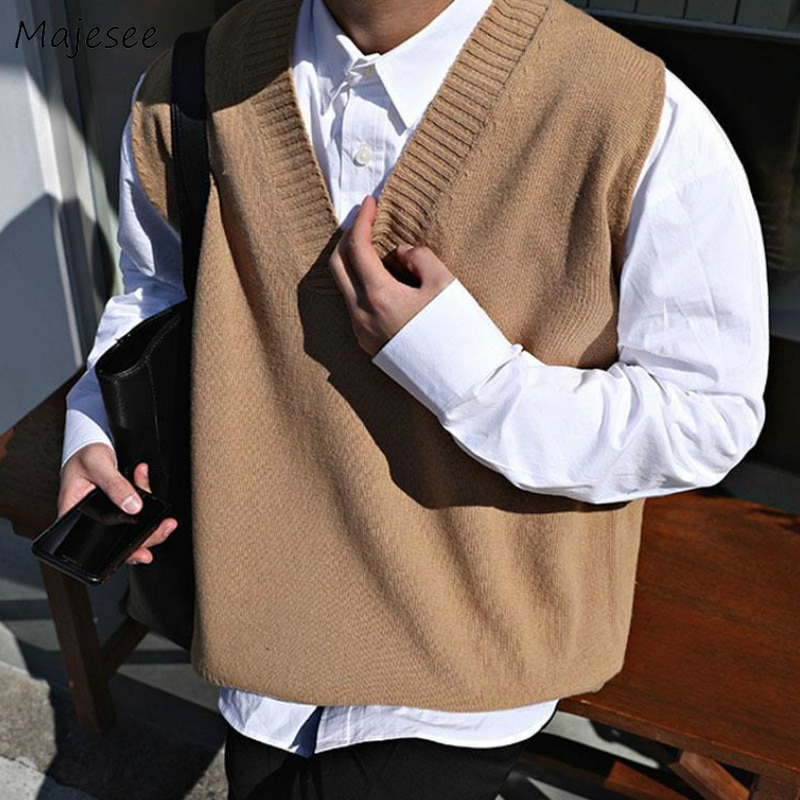Sweater Vest Men V-neck Solid Simple Casual 2XL Oversize Spring Autumn Mens Vests Chic All-match Preppy Style Daily Outwear New
