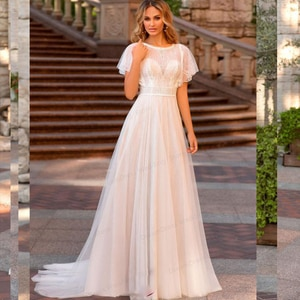 Vintage Classic Soft Satin Bohemian V Neck Wedding Dresses A Line Beach Wedding Gowns Boho Bridal White Lace dress 2021 Backless