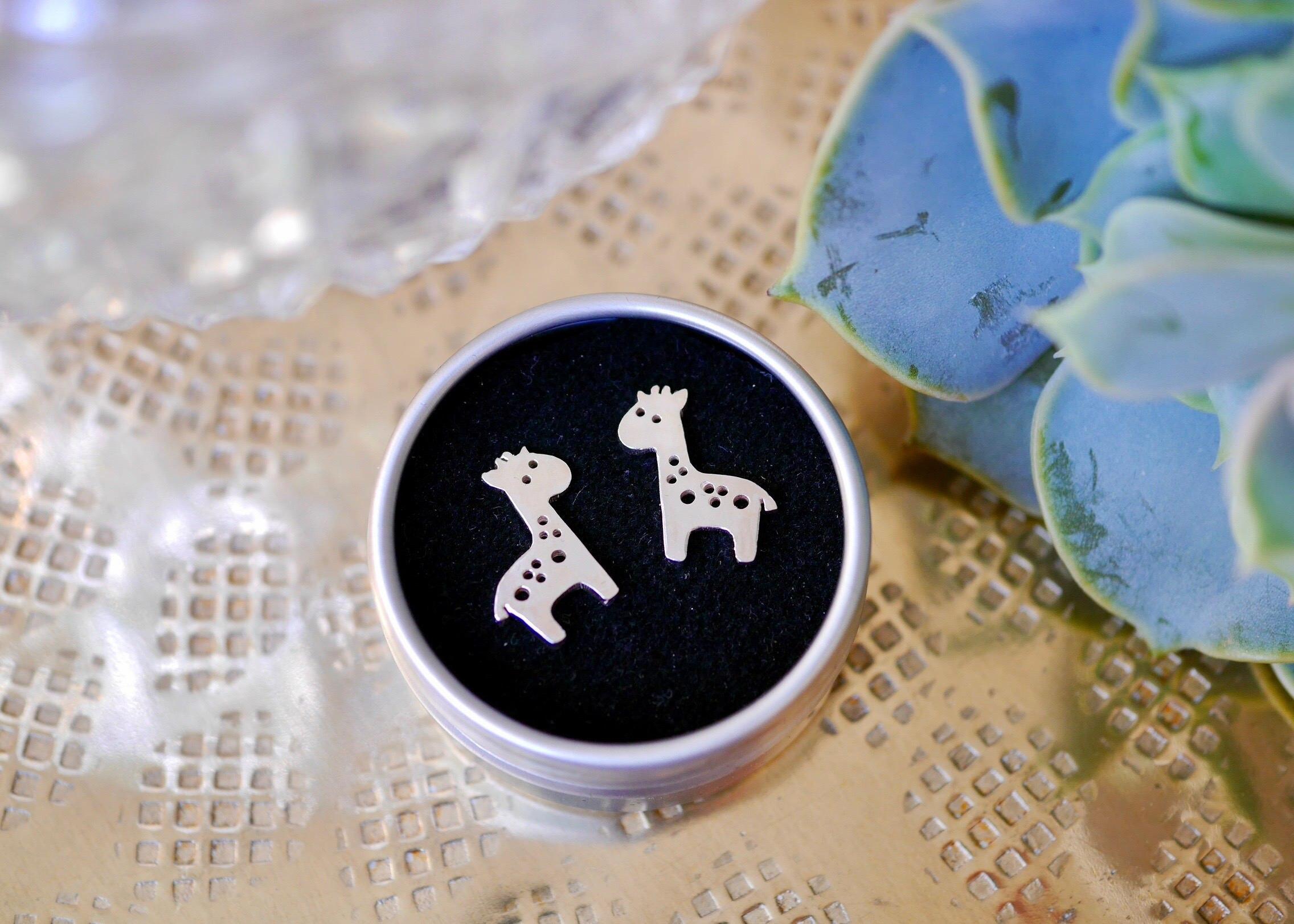 Giraffe Stud Earrings Cartoon Earring Animal Jewelry Best Gift for Woman Girls Kids Accessories