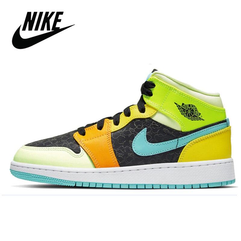 Al aire libre transpirable Nike Air Jordan 1 Mediados de SE GS baloncesto zapatos de mujer zapatillas de baloncesto Nike Air Jordan 1 Retro alta OG