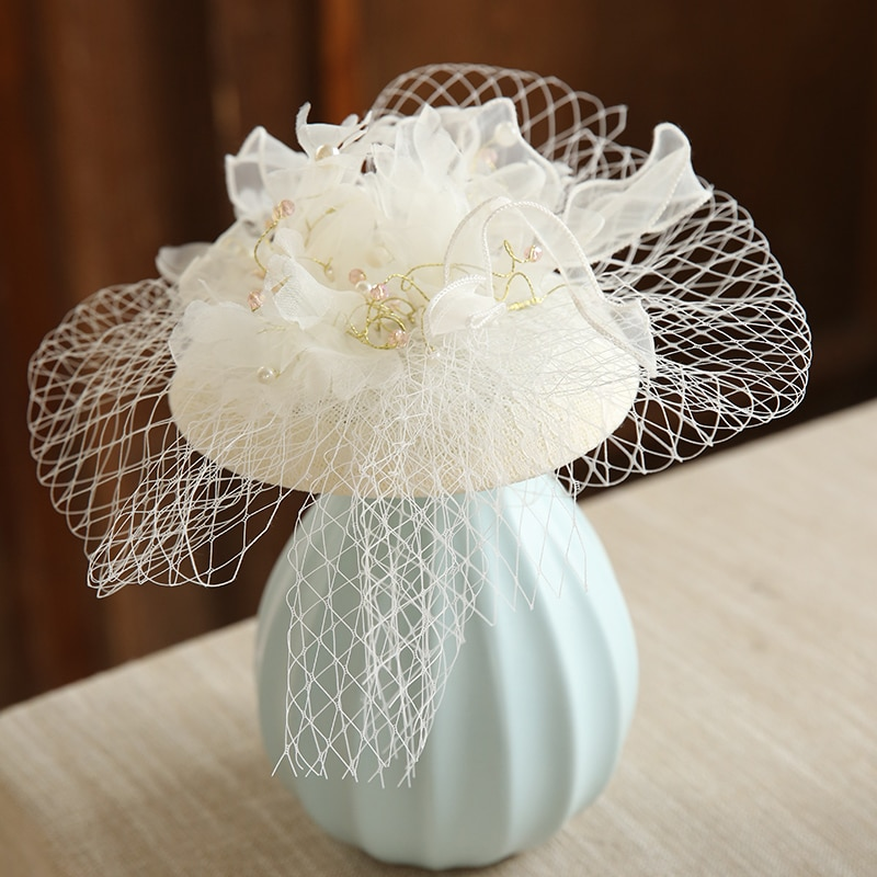 Hada grande satén lazo novia tocado rojo blanco pluma perla cordón fascinador pelo Clip mujeres MIni velo de boda flor sombrero