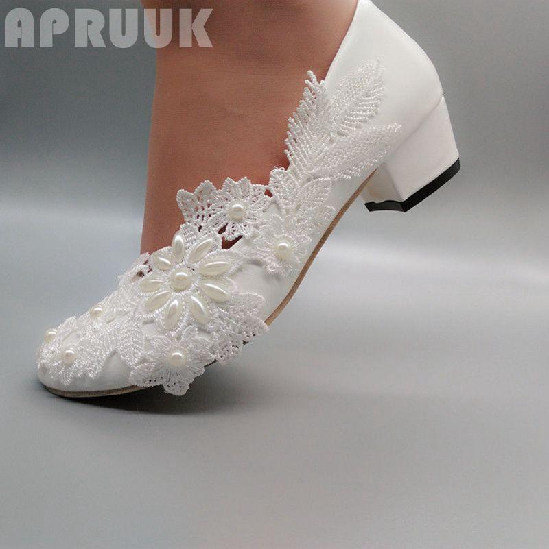 حذاء زفاف مطرز بالدانتيل ، كعب مربع 4 سنتيمتر ، حذاء زفاف جميل ، لوصيفات العروس ، أبيض ، لؤلؤي عاجي