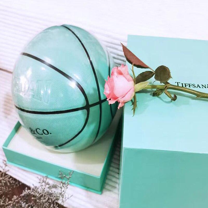 2020 كرة السلة الجديدة تيفاني الأزرق بو استرطابي تيفاني هدية تذكارية صندوق الطبعة هدية للأطفال
