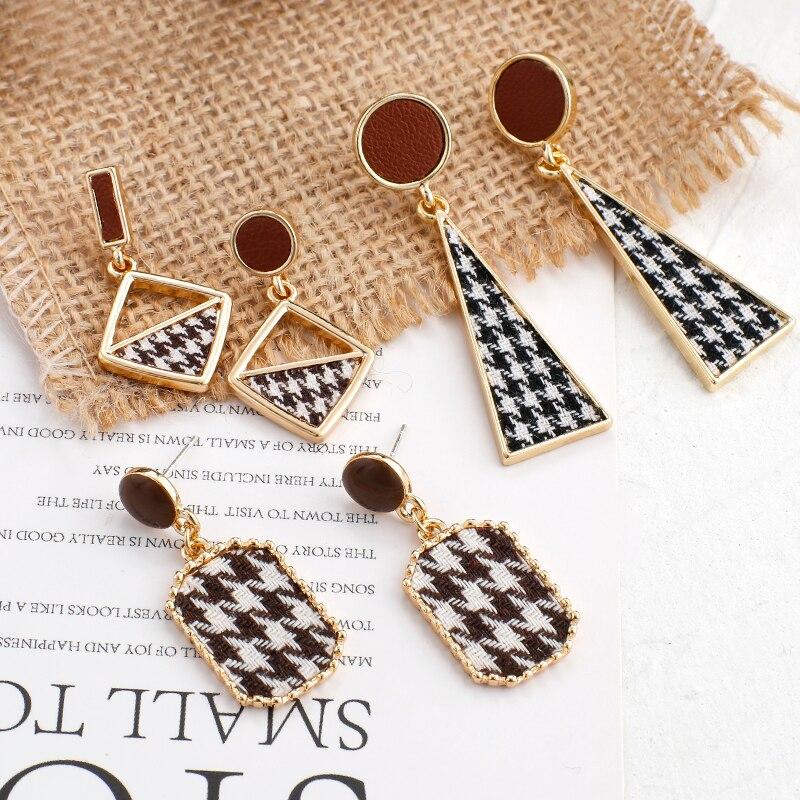 Aensoa elegante tecido delicado balançar brinco coreano preto branco xadrez pano geométrico brincos de gota para as mulheres na moda jóias