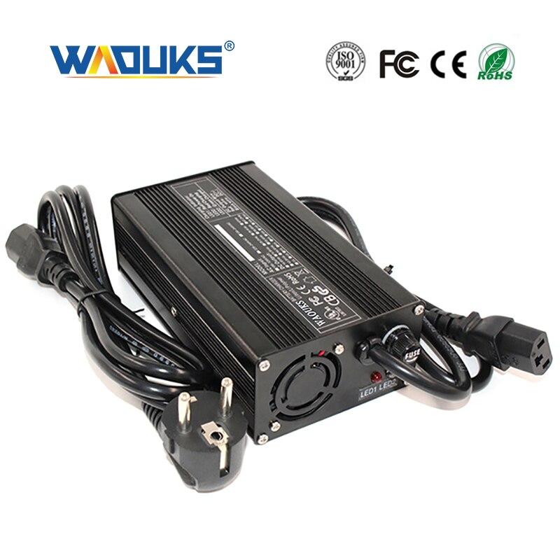 Cargador de batería de plomo 72V 2A para 72V con luz Led verde roja para Ebike E-bike Cargador eléctrico inteligente