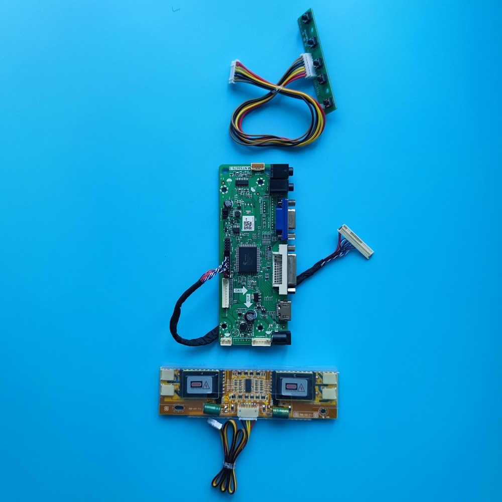 مجموعة تحكم لوحة للقيادة للوحة LTM150X0-L01 15