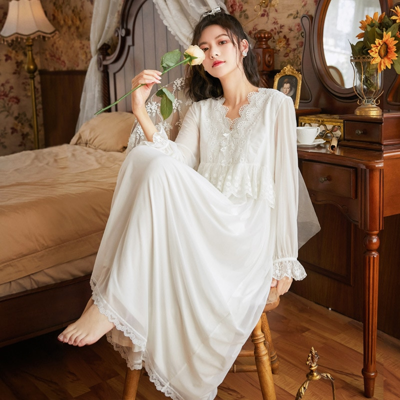 Roseheart جديد نساء Homewear أنثى أبيض أسود مثير ملابس خاصة فستان سهرة طويل الدانتيل الخامس الرقبة ملابس النوم ثوب النوم المحكمة شبكة