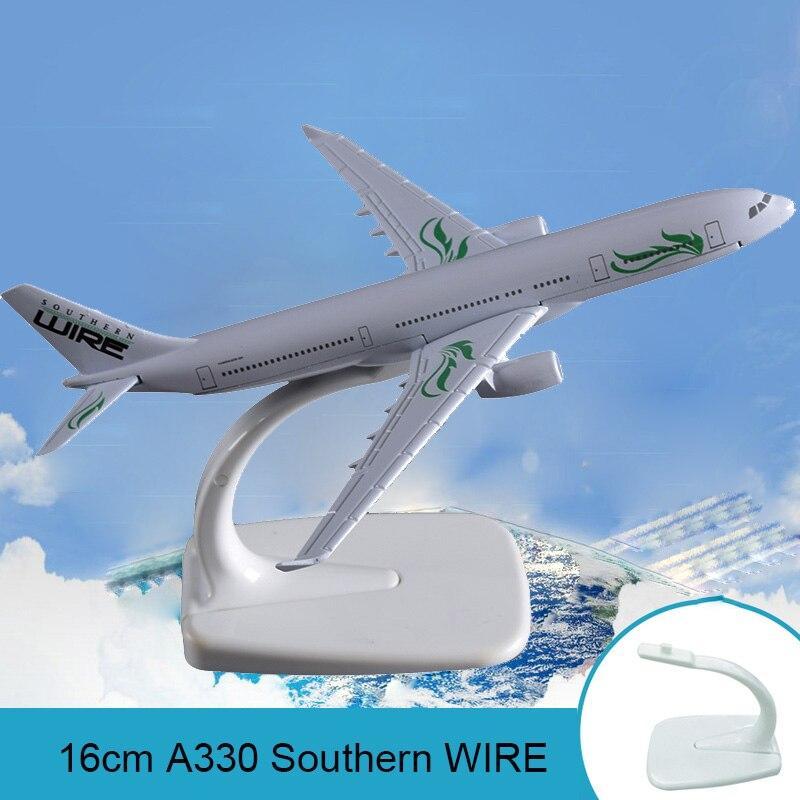 16cm A330 modelo de avión de cable sureño modelo de aerolíneas Avión de Metal modelo de cable de las vías aéreas Regalo De vacaciones colección artesanal