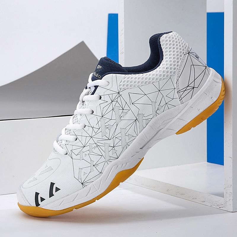 Men Women Badminton Shoes 2020 Breathable Tennis Shoes Men Sneakers Profession Competition Sport Shoes for Badminton Volleyball