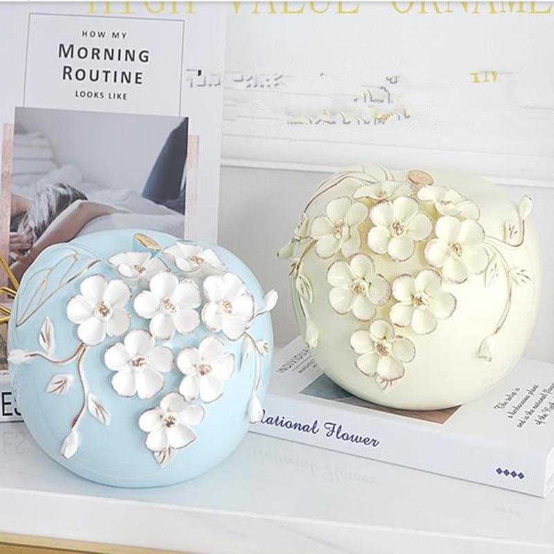 Beautiful modern ceramic flower apple, home office desktop decoration gift, creative European auspicious artwork