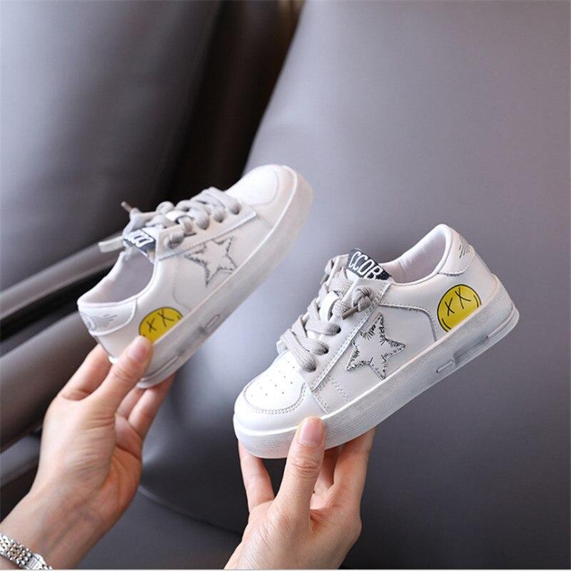2021 جديد الخريف الأطفال أحذية جلد طبيعي نجمة الاطفال أحذية بيضاء في الهواء الطلق تنس موضة بنين بنات أحذية رياضية 26-37