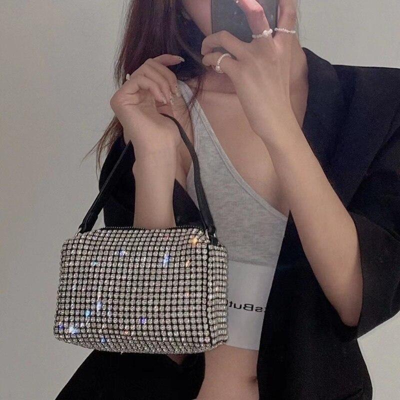 Aw الماس حجر الراين تحت الإبط المحمولة باليد صندوق مربع صغير سلسلة الموضة واحد الكتف حقيبة كروسبودي فتاة ساخنة 2021