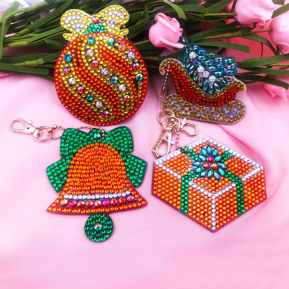 4/5 Uds DIY completo taladro pintura diamante especial llavero dibujos animados Navidad mujeres bolso colgante llaveros joyería llavero regalos del anillo
