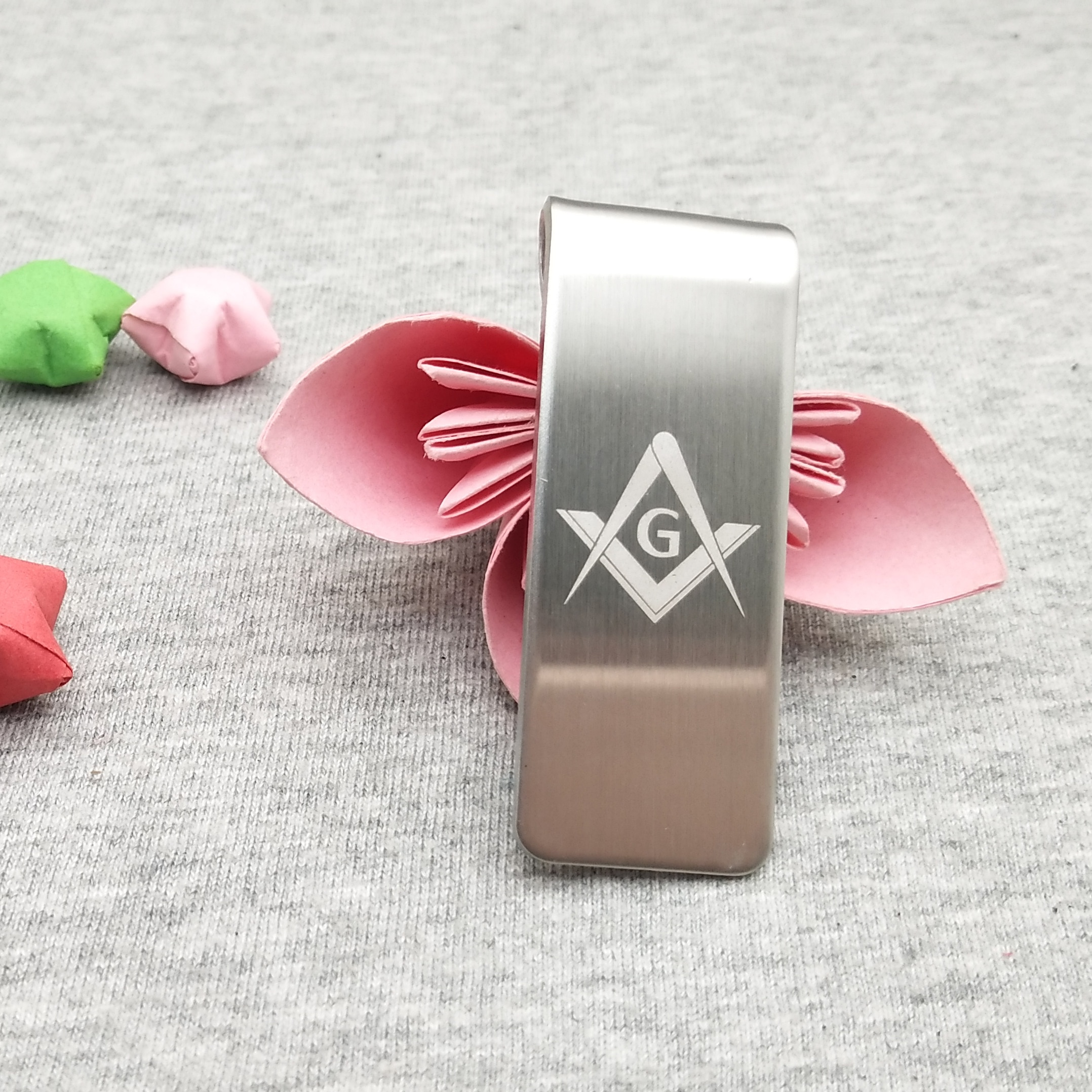 Fashion stainless steel currency dollars clip free customized with your Company logo 100pcs a lot best gifts for business