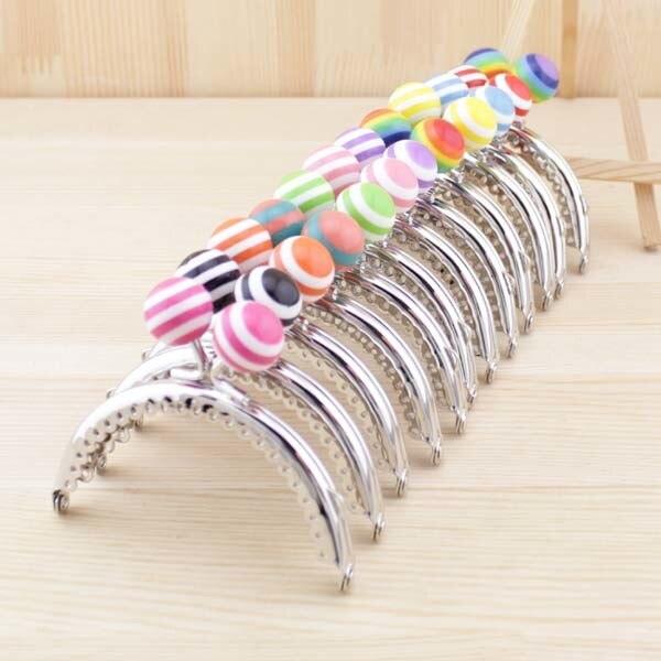 10 unids/lote 8,5 cm Lollipop de rayas de cuentas de Metal Marco de monedero semicírculo brillante y limpio de encaje de plata marcos de monedero cartera Obag manija