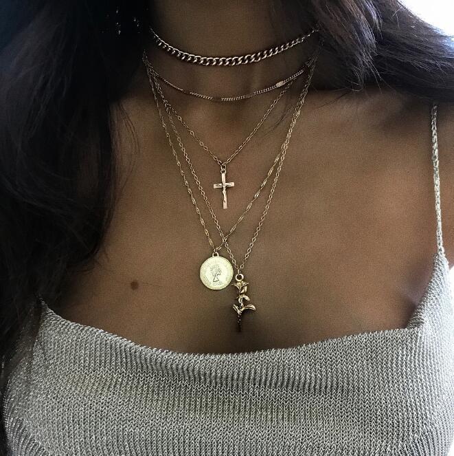 ¡Novedad de 2019! Collares de cadenas con colgantes de cruz cristiana con flor de rosa, Collares largos bohemios de oro en capas minúsculos, joyería para dama Sexy