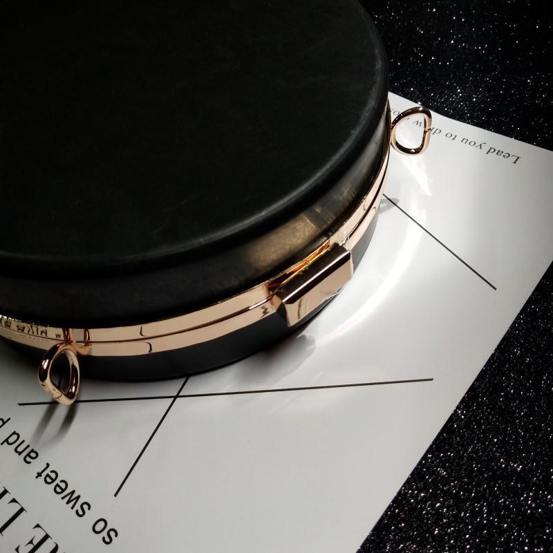 Nuevo patrón exquisito Will capacidad boca caja dorada engrosamiento caja moda concisa Fondo puede poner teléfono móvil enviar tipo de papel