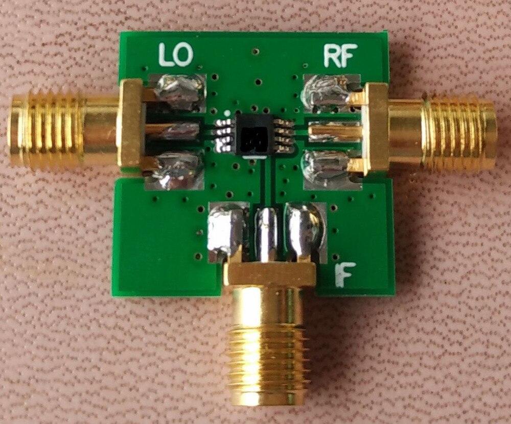 RF/LO, 1,5-4,5G Si DC-1.5G Mezclador