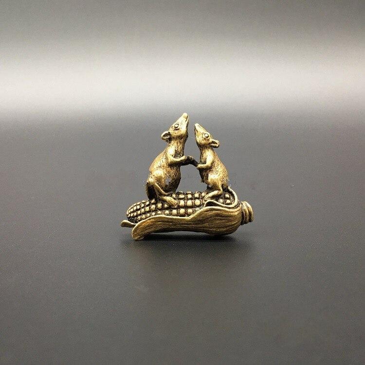 Coleccionable latón labrado chino animal del Zodíaco ratón maíz exquisitas estatuas pequeñas