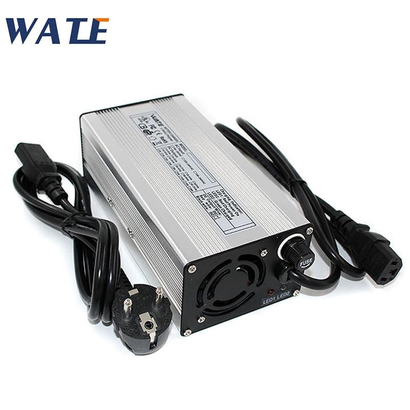 Cargador de batería de plomo y ácido 48V 6A cargador de motocicleta 55,2 V cargador de plomo y ácido con entrada de ventilador 100vc-240vac