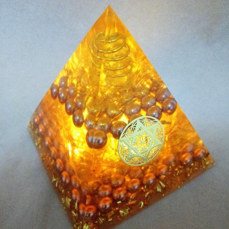 Кристалл аура, оргонит, энергия, пирамида, аура, кристалл, собрать богатство и приносить удачу, смола, декоративное ремесло, ювелирные издели...