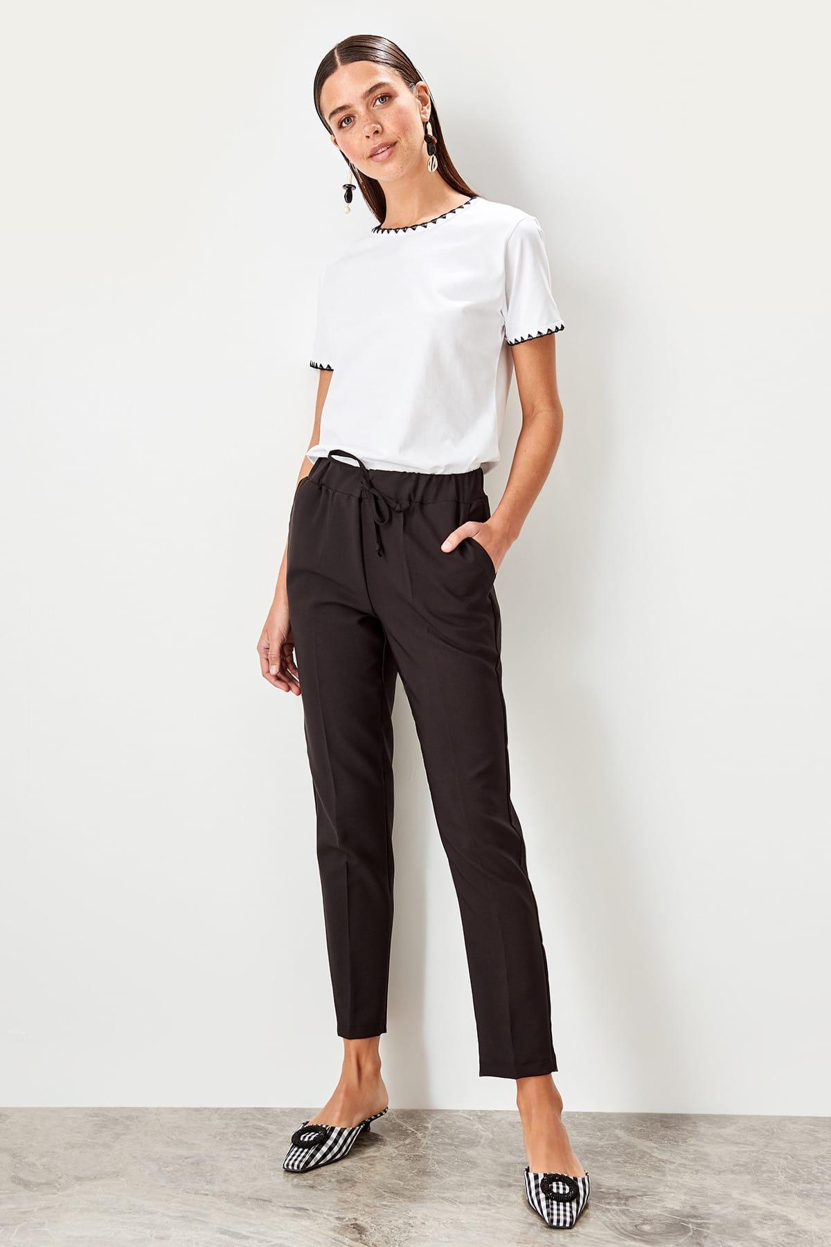 Trendyol negro cordones Detaylı pantalones TWOSS19ST0212