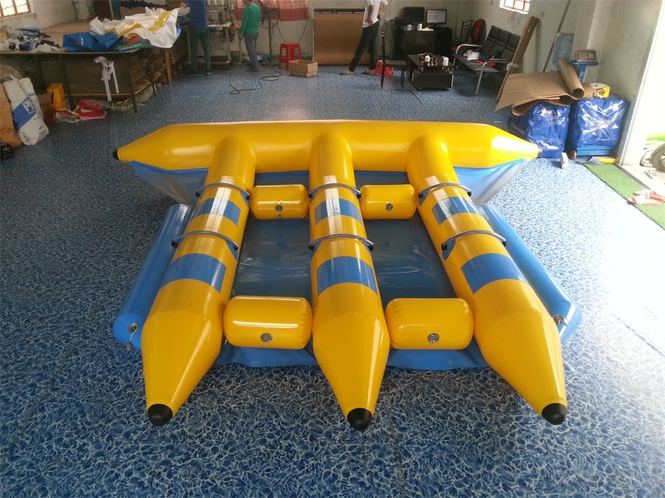 High quality outdoor water amusement equipment, water inflatable toys, PVC material 6 people flying fish boat banana boat for sa