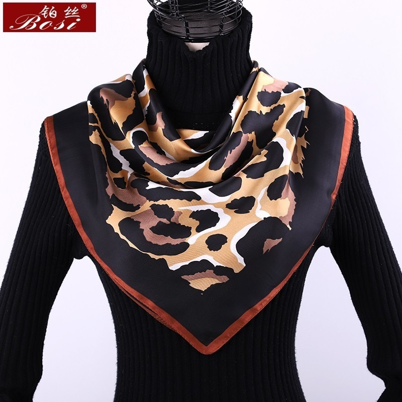 Bufanda con estampado de leopardo, pañuelo cuadrado de satén para mujer, marca de lujo, chal negro, bufandas a rayas, Fular, leotardo, mujer, sjaal