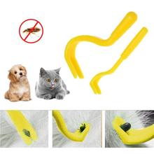 2PCS 4 색 벼룩 이빨 트위스터 후크 도구 개 고양이 애완 동물 클리너 애완 동물 용품 틱 리무버 도구 족집게 강아지 드롭 배송