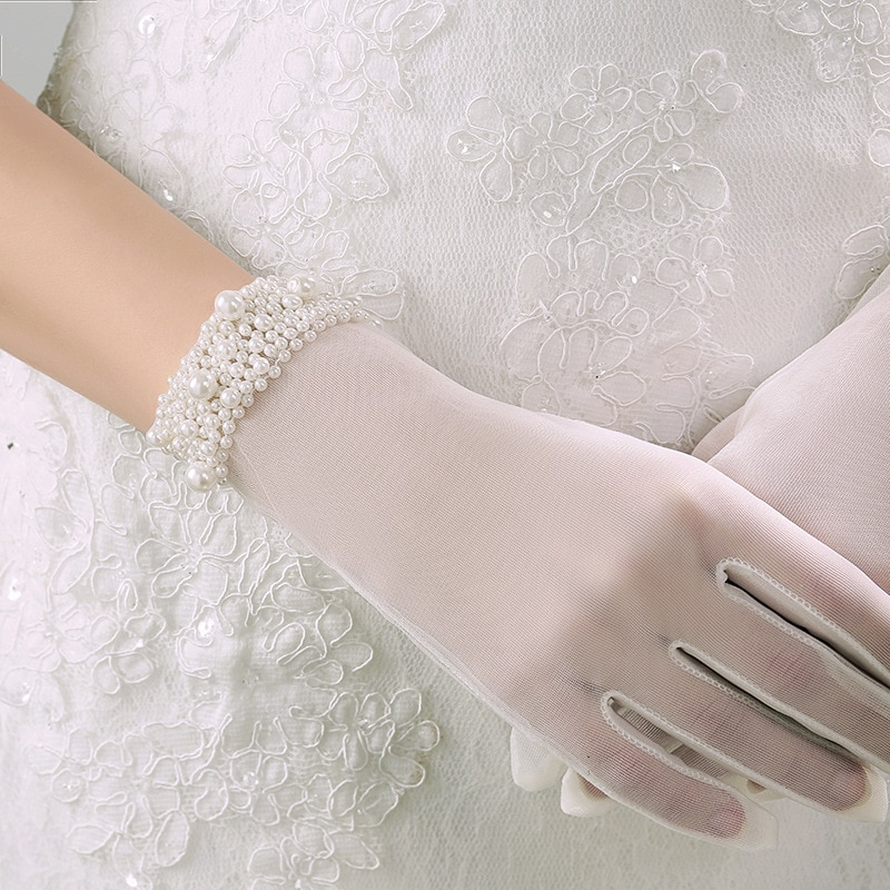 White Ivory Short Wedding Gloves Wrist Length Lace Appliques Sequins Pearl Bridal Gloves Beaded Wedding Accessories o361 ivory white beaded hairband headband beach wedding real freshwater pearl bridal hair accessories