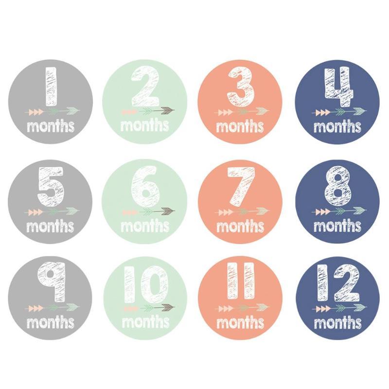 12 unidades/pacote bebê recém-nascido mensal fotografia adesivo conjunto grávida mulher foto prop dos desenhos animados adesivos decoração do divertimento do bebê meses accessor