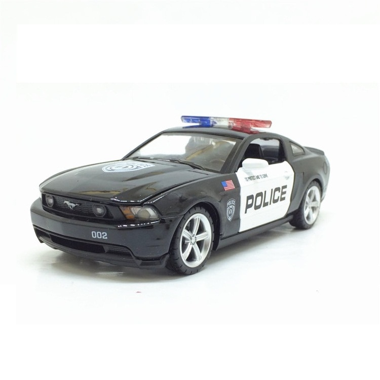 Diecasts & Toy Veículos de alta Simulação Requintado caipo Carro Styling Ford Mustang GT CCar 132 Alloy Diecast Modelo de Carro Da Polícia