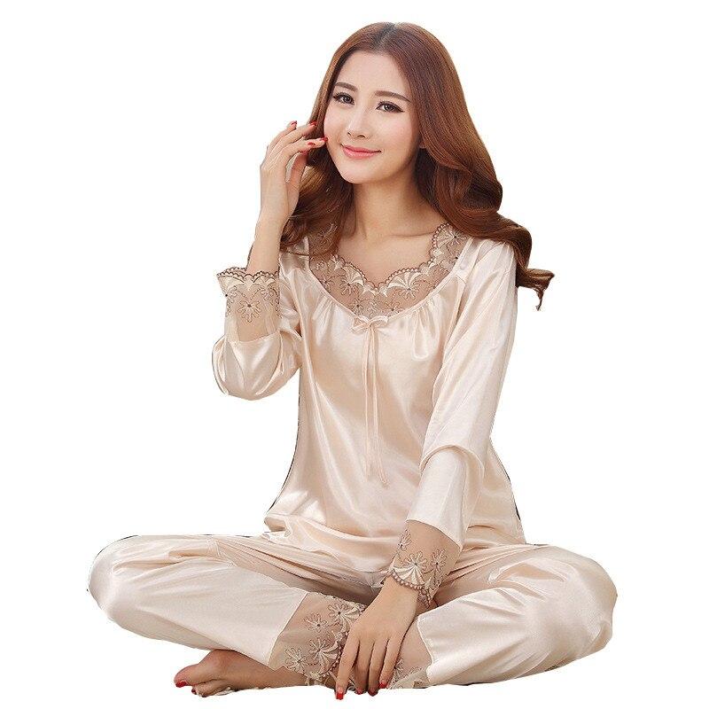2018 nueva moda mujer primavera ropa de dormir de seda sintética fina pijama transpirable conjunto señoras cuello pico ahueca hacia fuera encaje con diseño de lazo