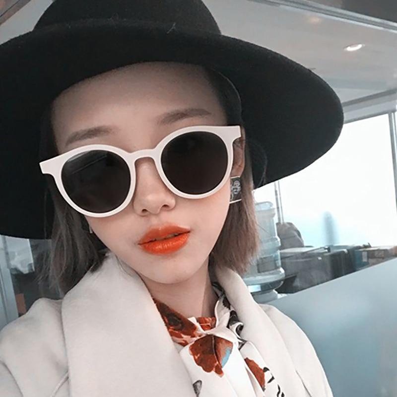 Womens Retro Fashion Oval Sunglasses Vintage Girls Eyewear Luxury Brand Designer Eye Glasses Ladies