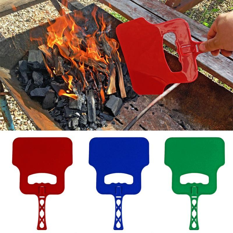 Profissional PARA CHURRASCO Combustão Ventilador Do Ventilador Ventilador de Mão-Manivela Manual de apoio Cozinhar Ao Ar Livre Churrasco Ferramenta Cor Aleatória