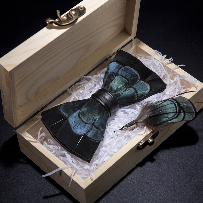 JEMYGINS מקורי פסיון נוצת קשת עניבת יד המעודנת כחול שחור אופנה Bowtie סיכת פין אריזת מתנה סט למסיבה