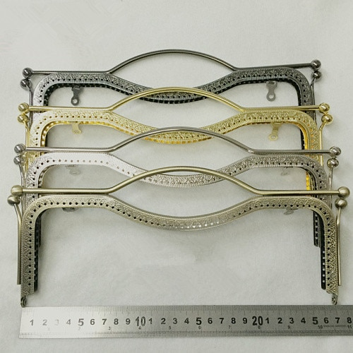 Bolsa do Fechamento do Beijo de Bloqueio Acessórios o Transporte da Gota Atacado Boca Embossing Handle Forma Metal Frame Bolsa Quadro Faça Você Mesmo 10 Pcs 20 cm