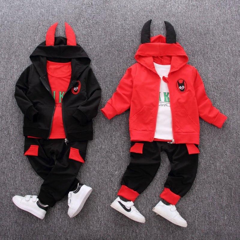 3 piezas conjunto de ropa deportiva para bebés y niños de otoño Sudadera con capucha de algodón de manga larga Camiseta con estampado de letras + Pantalones